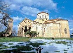 Црква Свете Софије у Трабезону се убрзано претвара у џамију