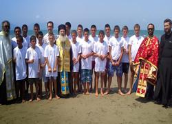 Албанска архиепископија -  кампови за дјецу