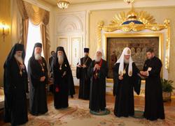 Патријарху Иринеју орден Светог Кнеза Владимира