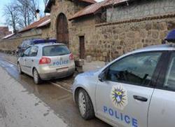Полиција чува Патријаршију, Дечани под заштитом Кфора