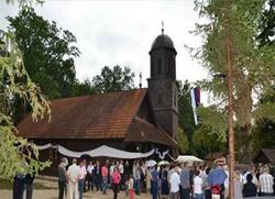 У Омарској обновљена црква брвнара стара 120 година