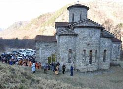 Оживео древни храм на Кавказу