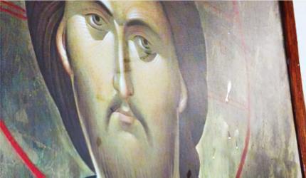 Четири иконе промироточиле у Филипинској цркви